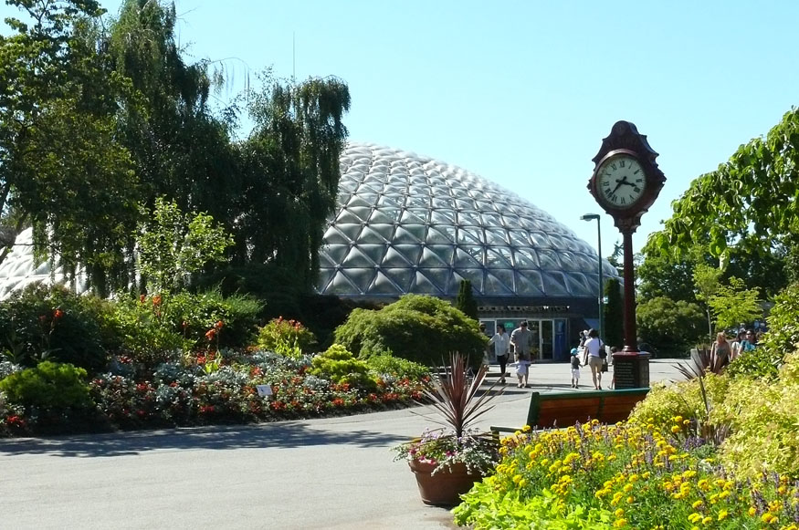 bloedel-front-and-clock-sm